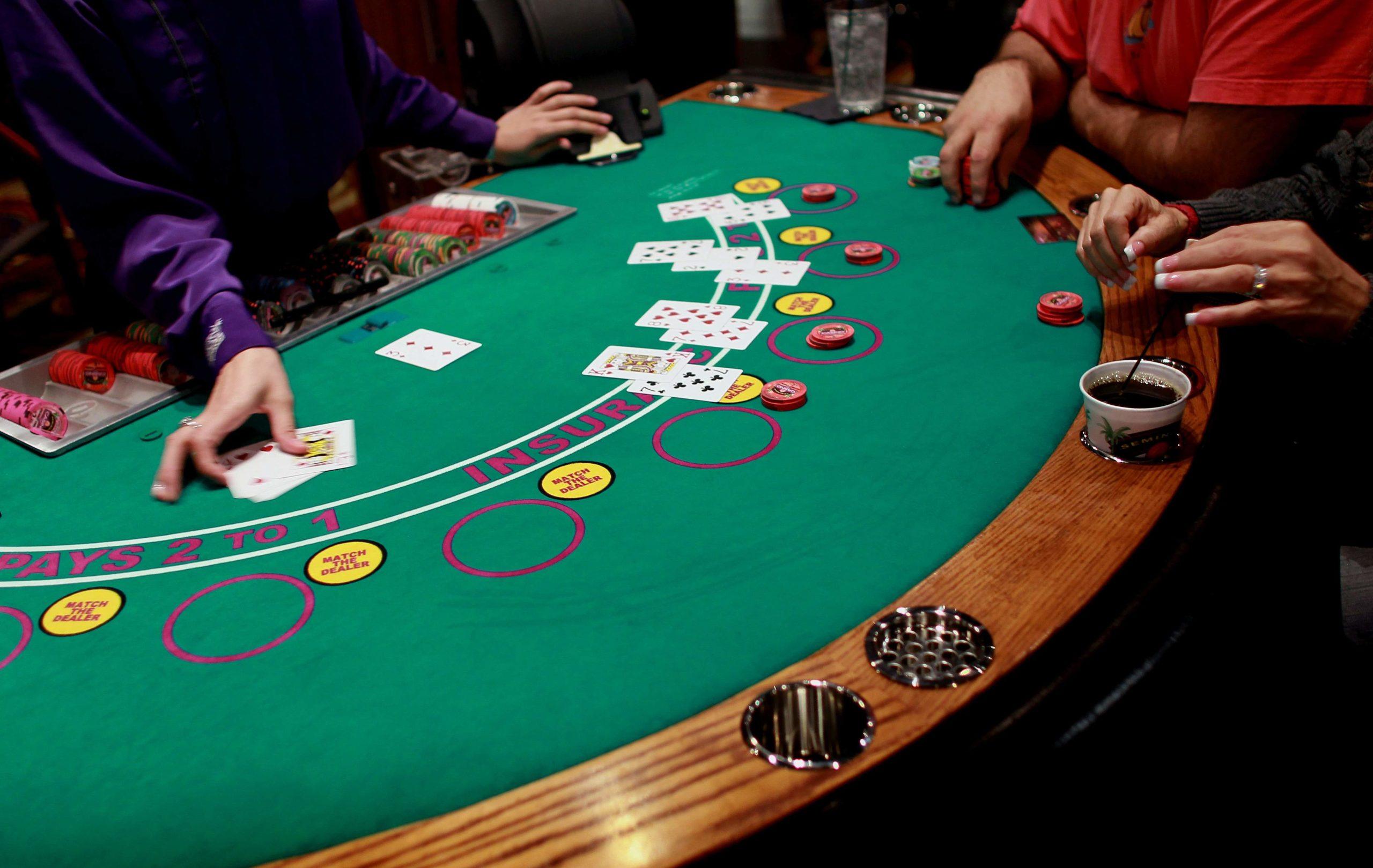 لعبة بوكر مباشرة - 88152