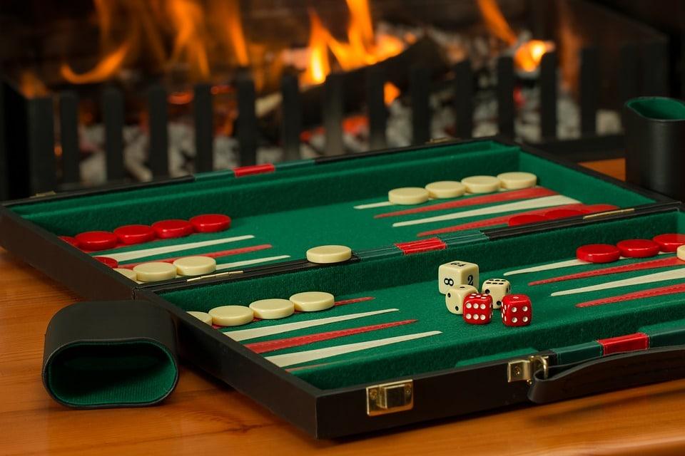 لعبة طاولة - 14190